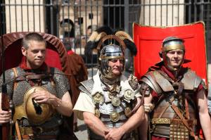 Ben, Anthony Riches and Russell Whitfield in full Romani Walk mode!